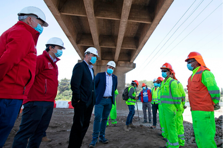 Ministro de Obras Públicas inspeccionó avances y mejoramiento de la nueva ruta Nahuelbuta en Biobío