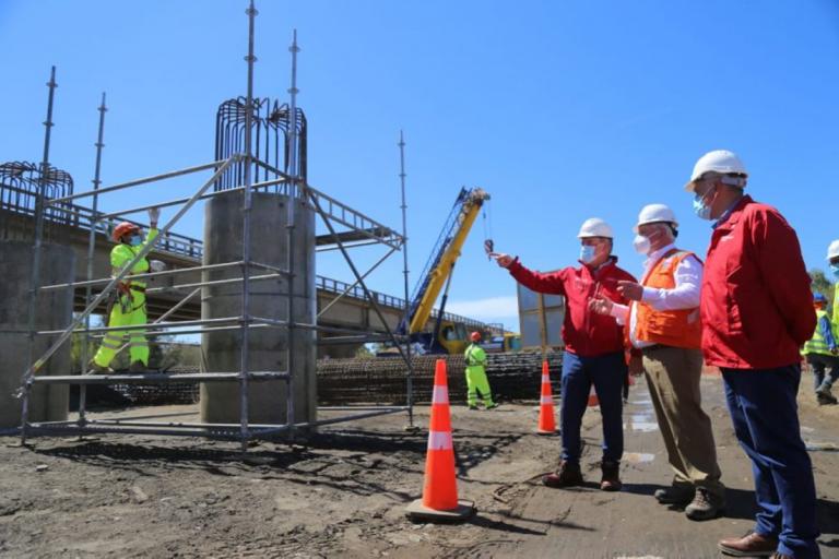 Autoridades visitan obras de la Ruta a Nahuelbuta: Se pondría en servicio en 2023